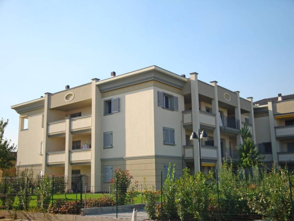 Appartamento in vendita a Gessate, 4 locali, prezzo € 295.000 | CambioCasa.it