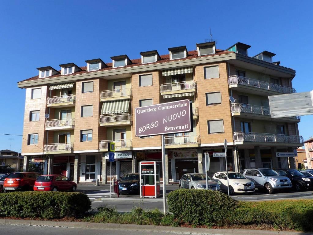Appartamento in buone condizioni arredato in affitto Rif. 7737412