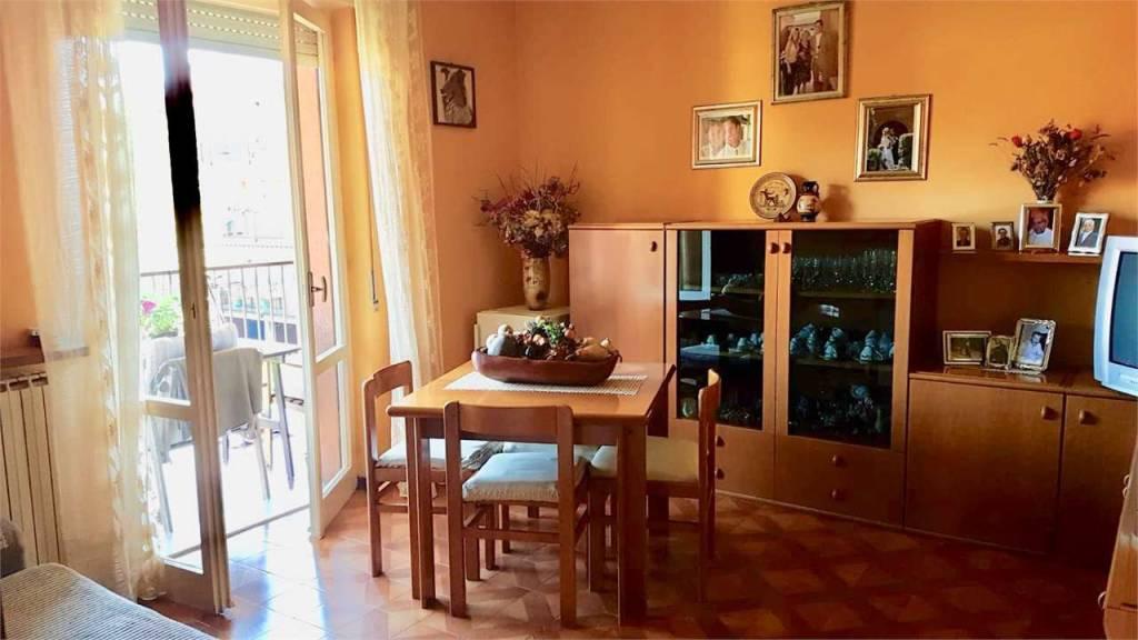 Appartamento in buone condizioni arredato in vendita Rif. 7756874