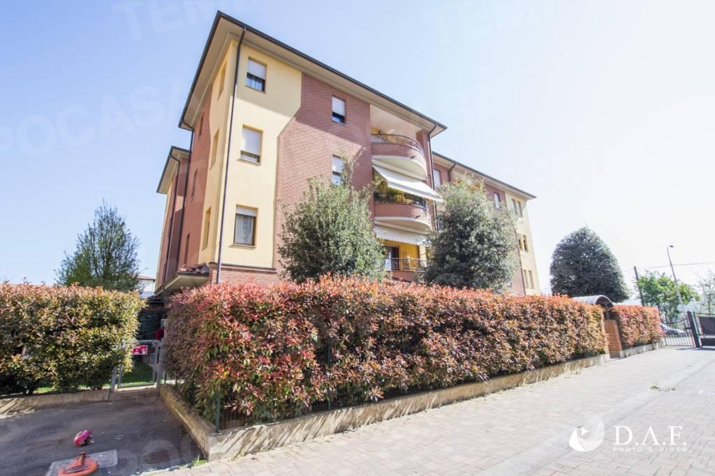 Appartamento in ottime condizioni in vendita Rif. 7749663