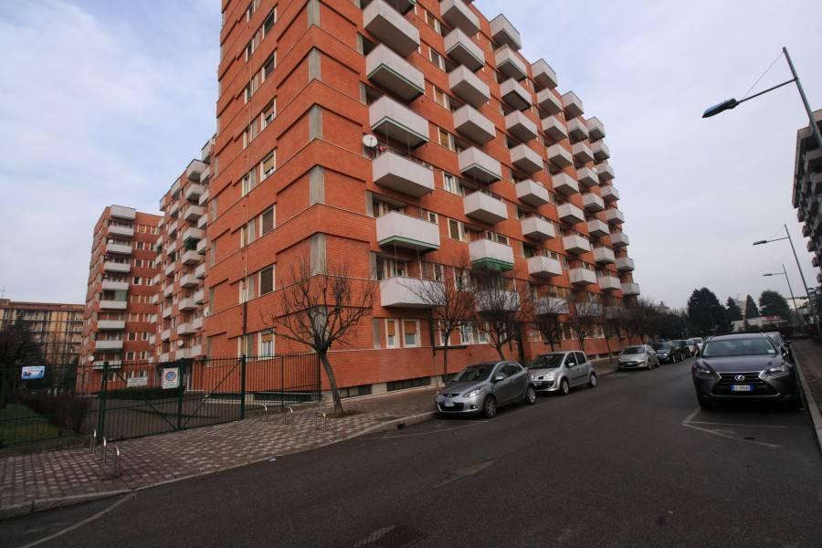 Appartamento in ottime condizioni arredato in affitto Rif. 7758369