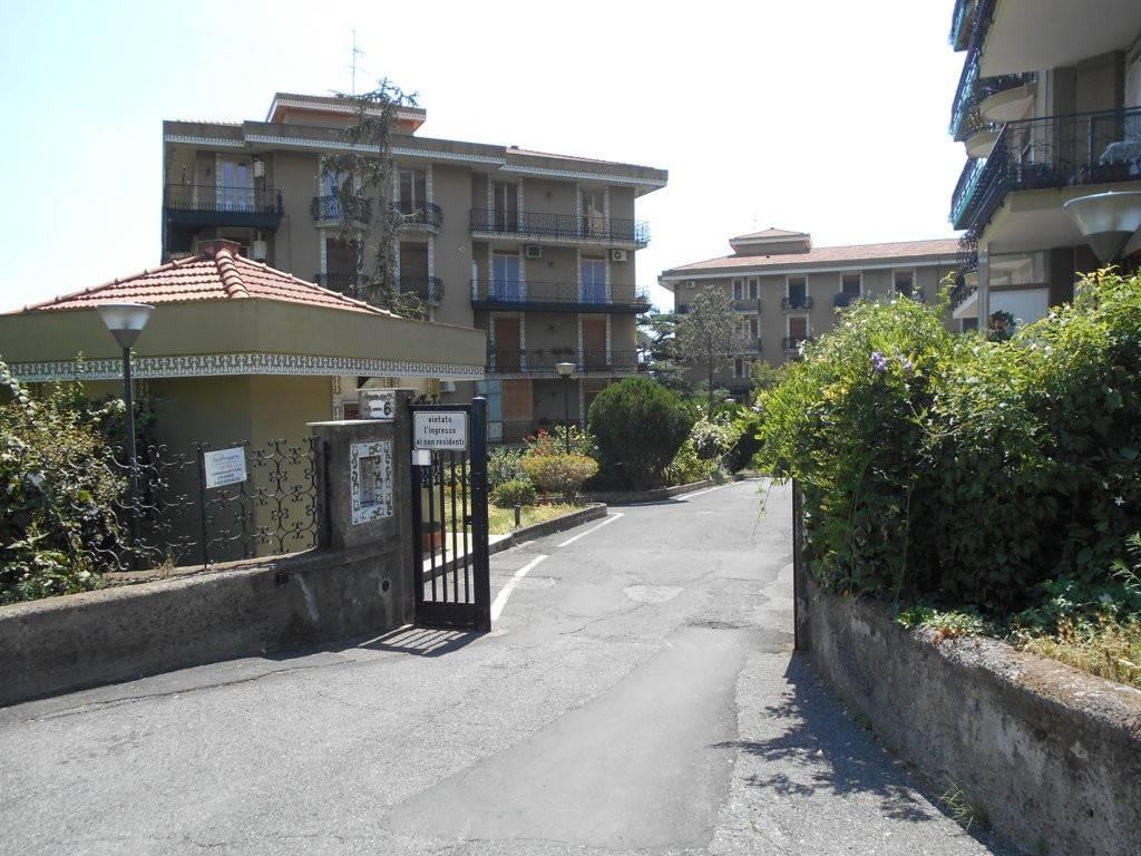 Appartamento in buone condizioni in vendita Rif. 7756534