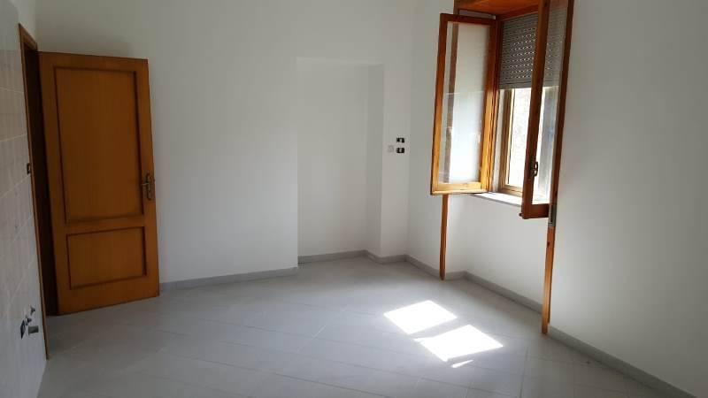 Appartamento in buone condizioni in vendita Rif. 7757440