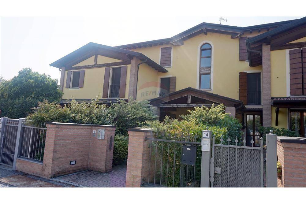 Appartamento in vendita a Leno, 3 locali, prezzo € 108.000 | CambioCasa.it