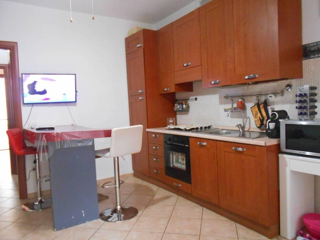 Appartamento in ottime condizioni arredato in vendita Rif. 7756945