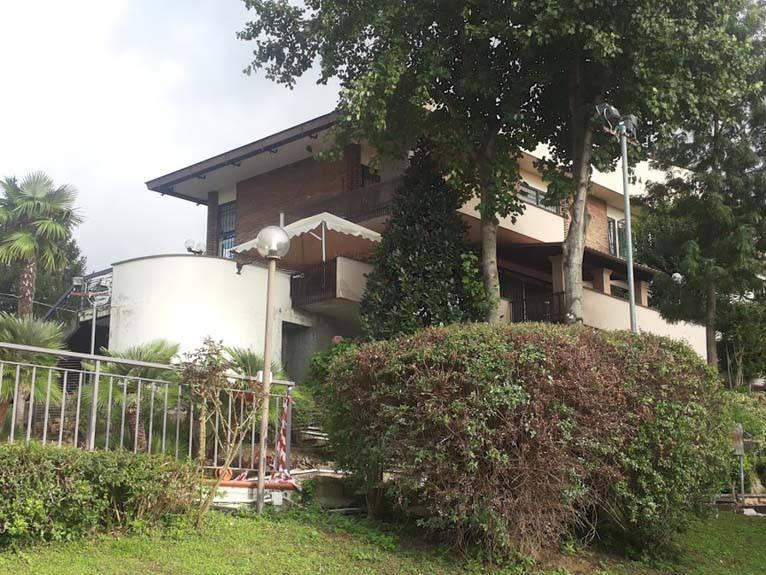 Appartamento in ottime condizioni in vendita Rif. 7756902