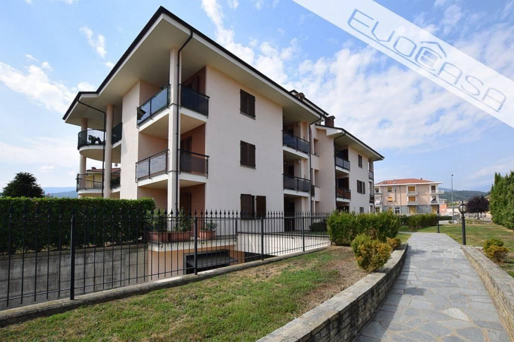 Appartamento in ottime condizioni in vendita Rif. 7758565