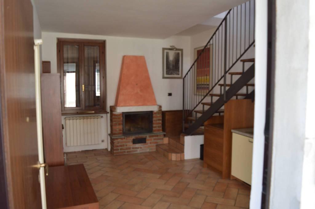Appartamento in buone condizioni in vendita Rif. 7759240