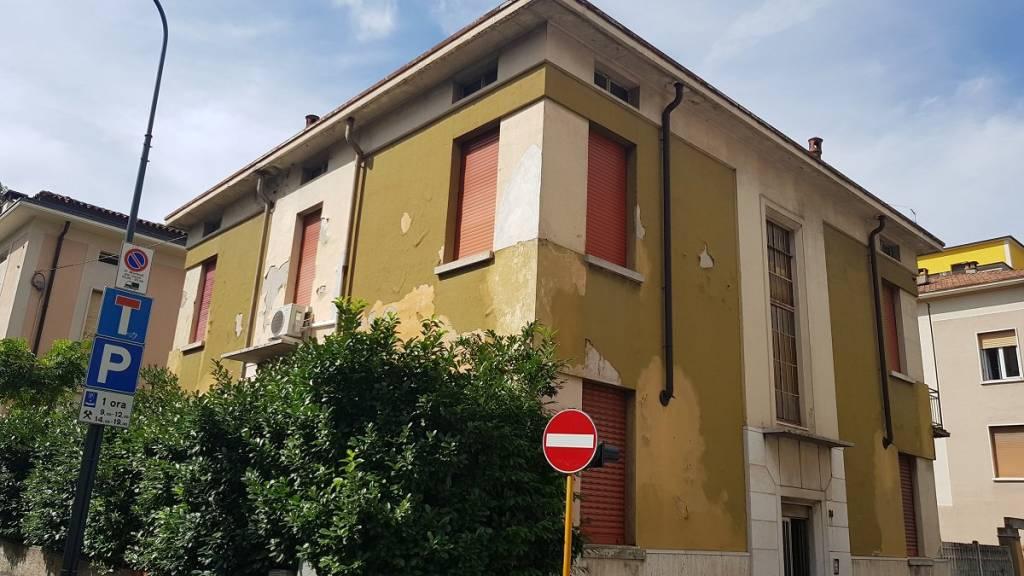 Case E Appartamenti In Vendita A Brescia Cambiocasait
