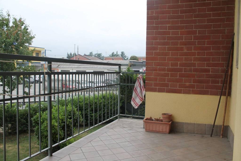 Appartamento in buone condizioni in affitto Rif. 7810765