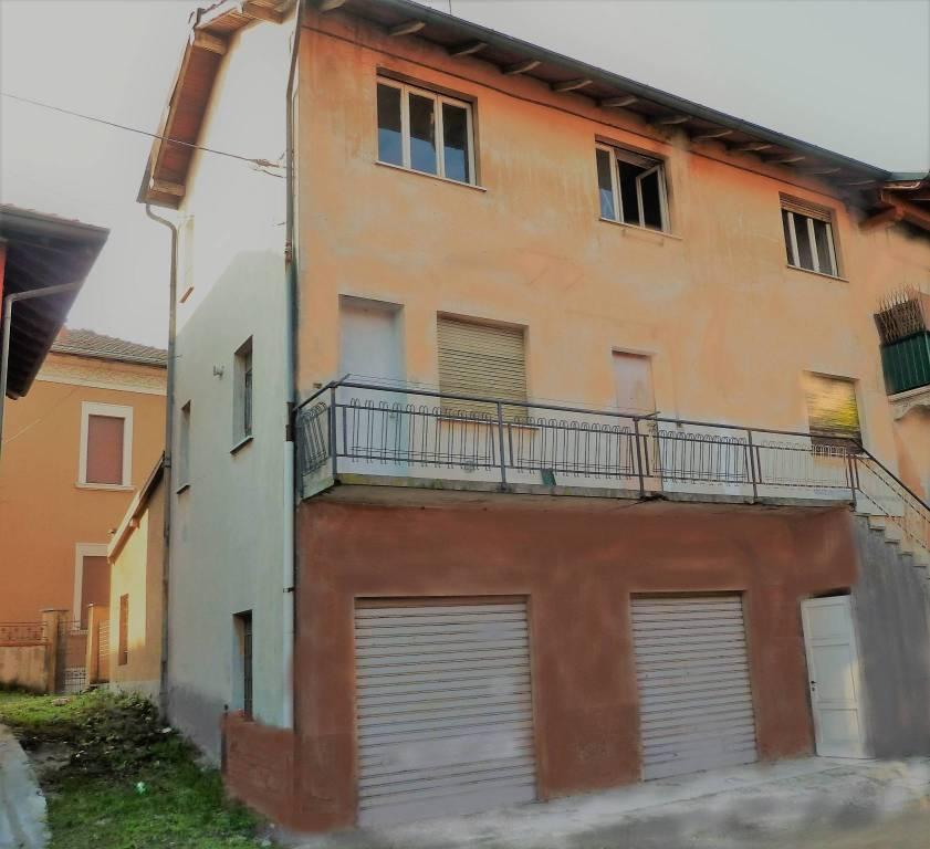 Appartamento da ristrutturare in vendita Rif. 7761551