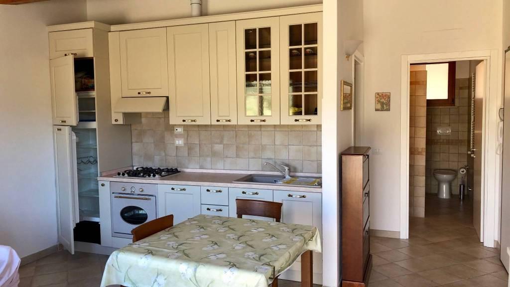 Vendesi appartamento nuova costruzione, terrazzo abitabile.