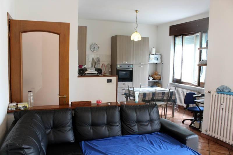 Appartamento in vendita a Alba, 4 locali, prezzo € 109.000 | PortaleAgenzieImmobiliari.it