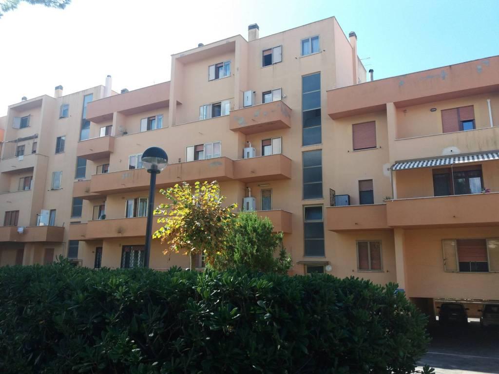 Appartamento in buone condizioni in vendita Rif. 7756527