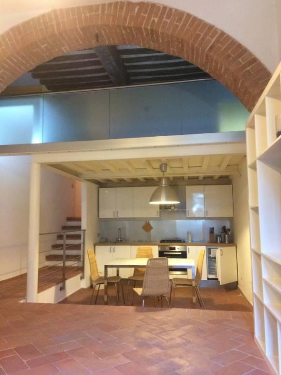 Appartamento in ottime condizioni arredato in affitto Rif. 8851390