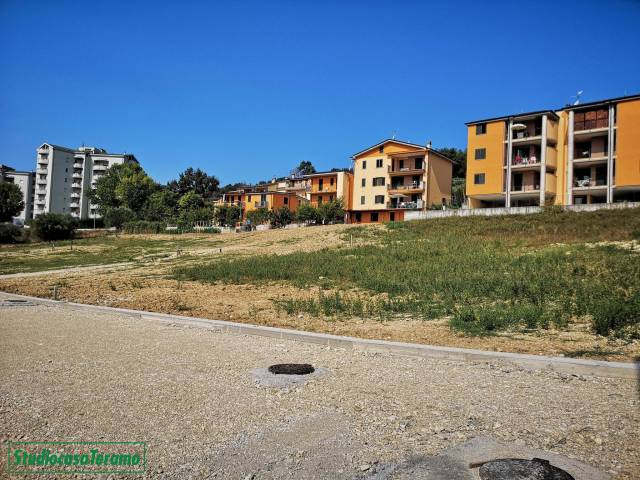 Terreno Edificabile Residenziale in vendita a Teramo, 9999 locali, prezzo € 52.000   Cambio Casa.it