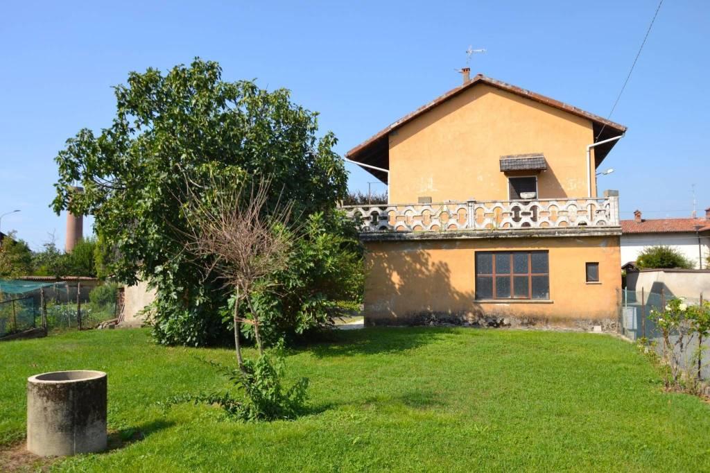Casa Indipendente in buone condizioni in vendita Rif. 7770280