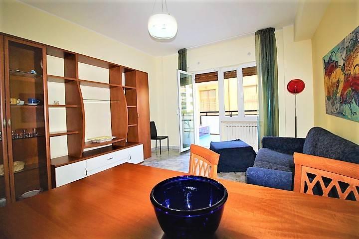 Appartamento trilocale in affitto a Pescara (PE)
