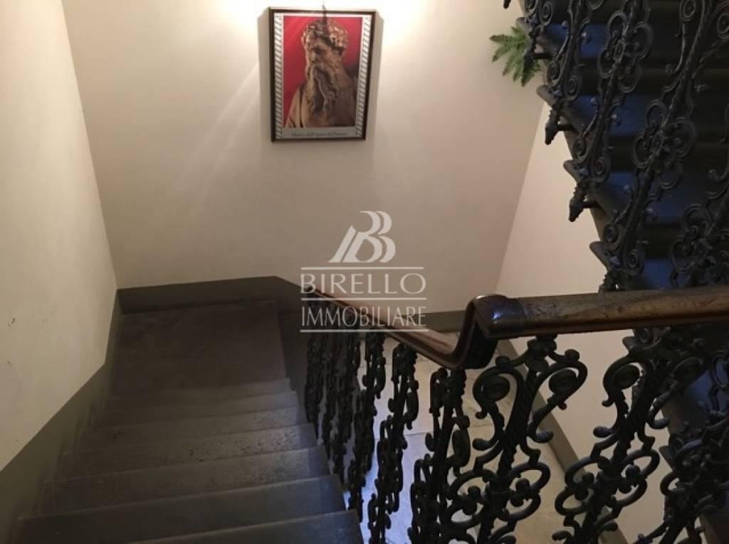 Appartamento in Vendita a Firenze Centro: 5 locali, 90 mq