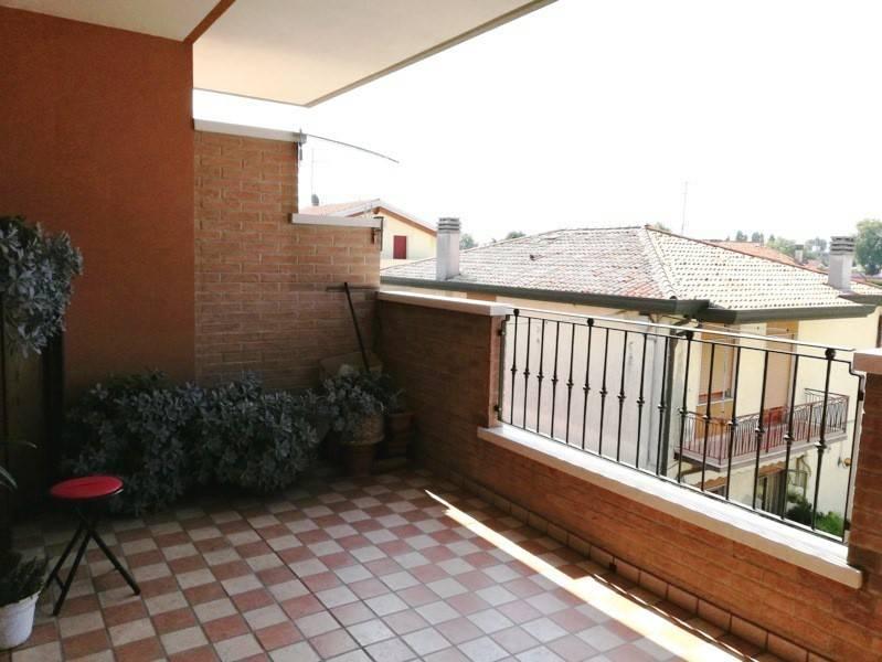 Appartamento in ottime condizioni in vendita Rif. 7758372