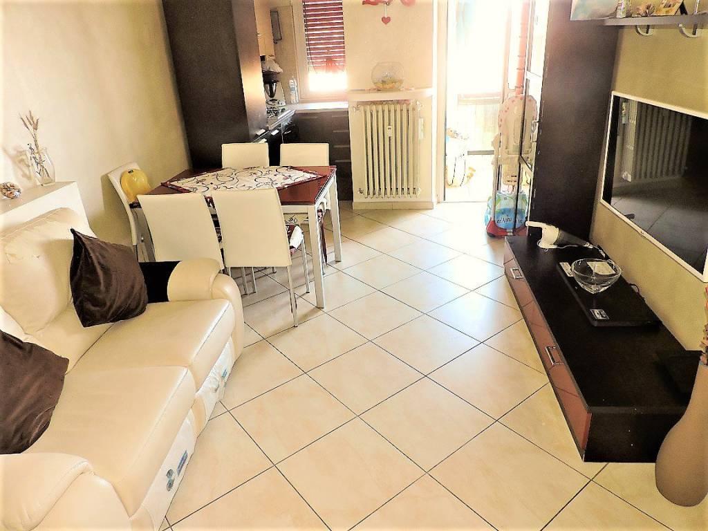 Appartamento in ottime condizioni in vendita Rif. 7771402