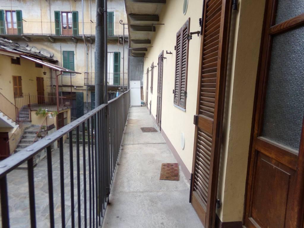 Appartamento in buone condizioni arredato in affitto Rif. 7141177