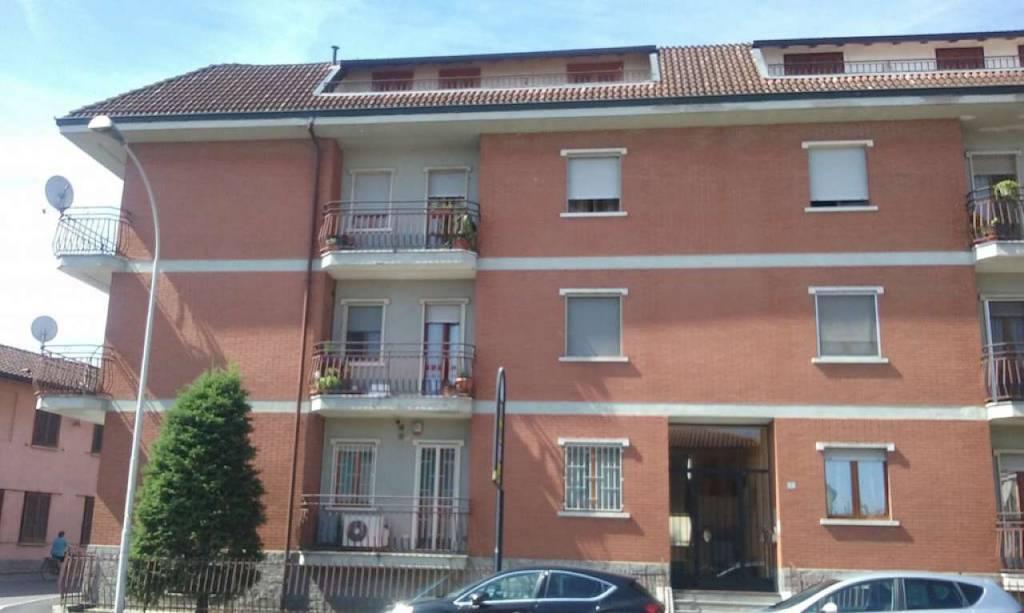 Appartamento da ristrutturare in vendita Rif. 8560792