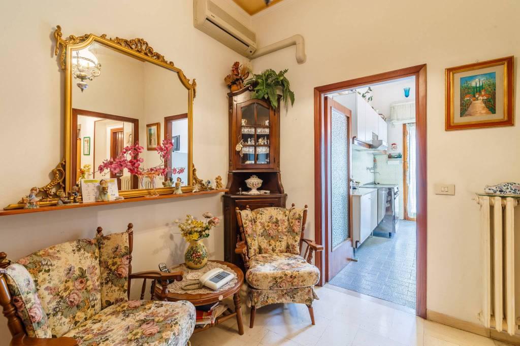 Appartamento in Vendita a Pistoia Centro: 3 locali, 65 mq