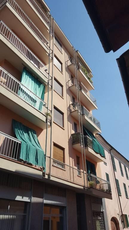 Appartamento in buone condizioni in vendita Rif. 7767121