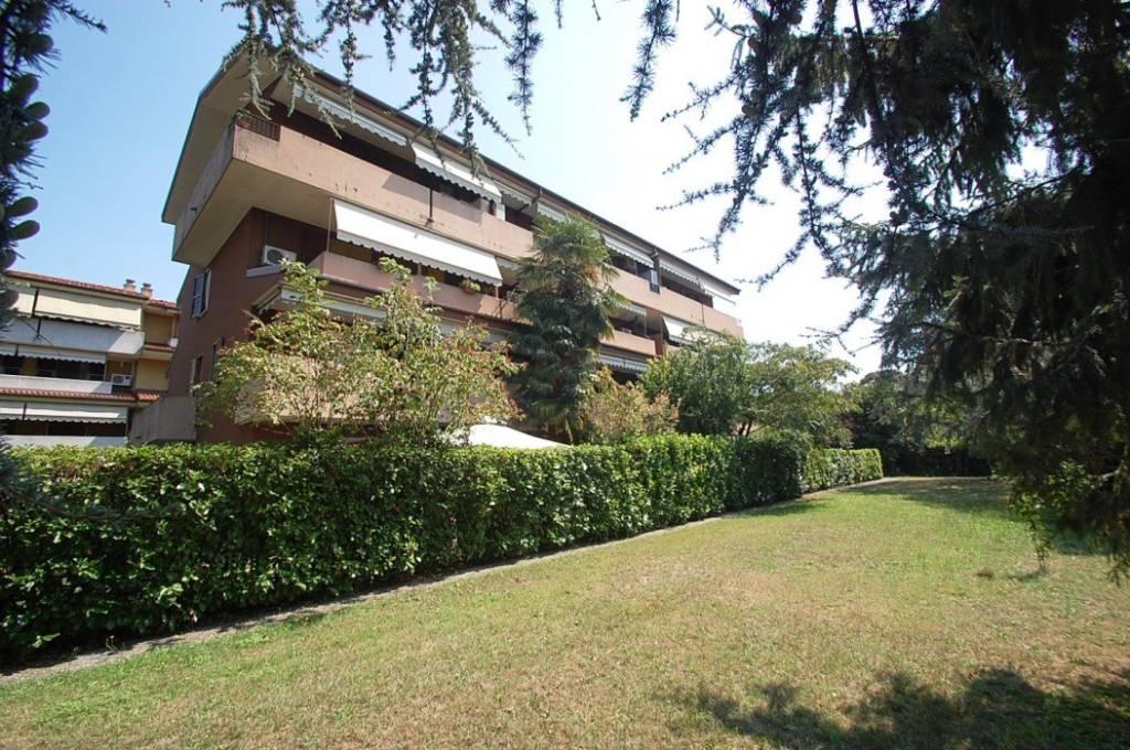 Appartamento in ottime condizioni in vendita Rif. 7768180