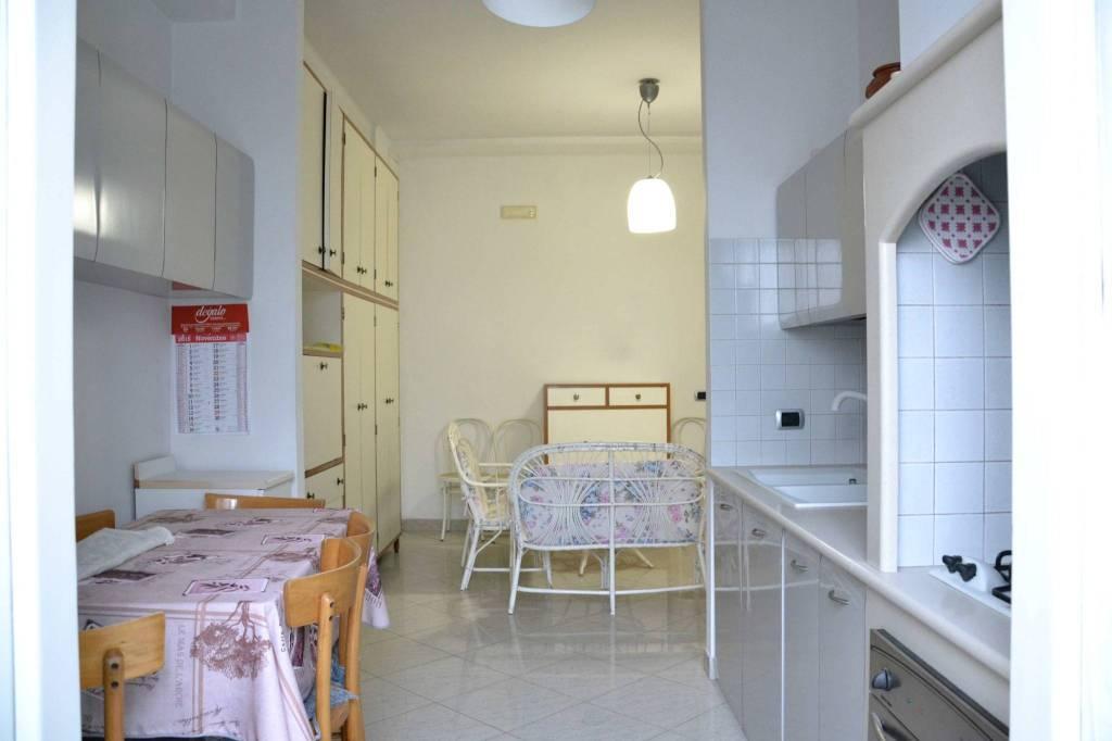 Appartamento in buone condizioni in vendita Rif. 7768029