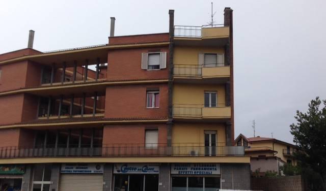 Appartamento da ristrutturare in vendita Rif. 7766819