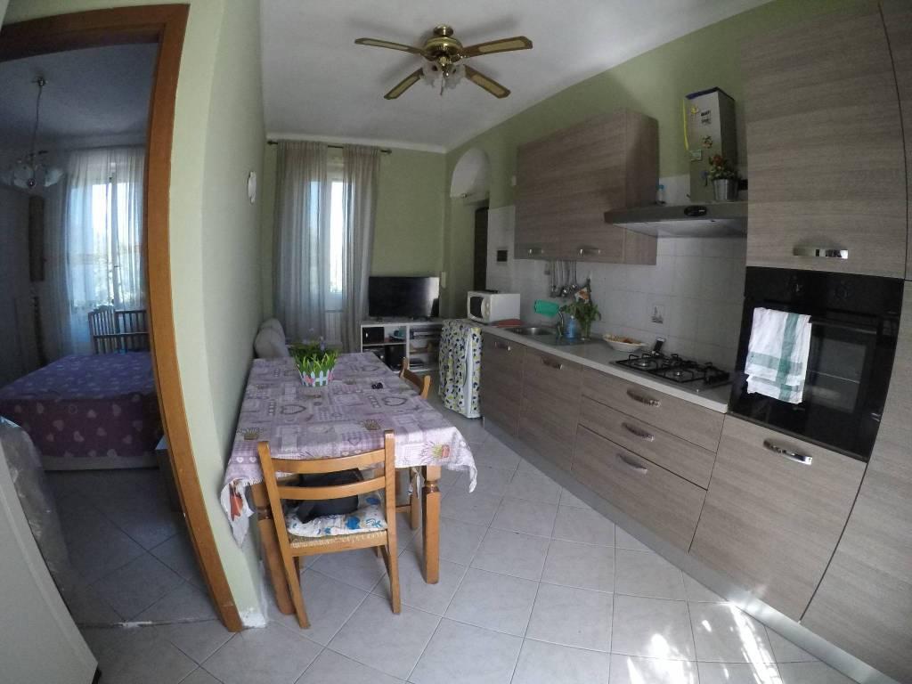 Appartamento in vendita a Milano, 2 locali, zona Zona: 9 . Chiesa Rossa, Cermenate, Ripamonti, Missaglia, Gratosoglio, prezzo € 97.000   CambioCasa.it