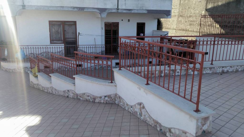 Appartamento da ristrutturare in vendita Rif. 7772438