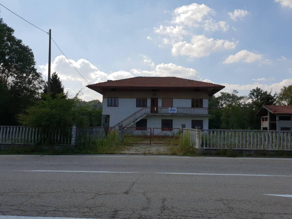 Foto 1 di Villa via Busano 1, Front