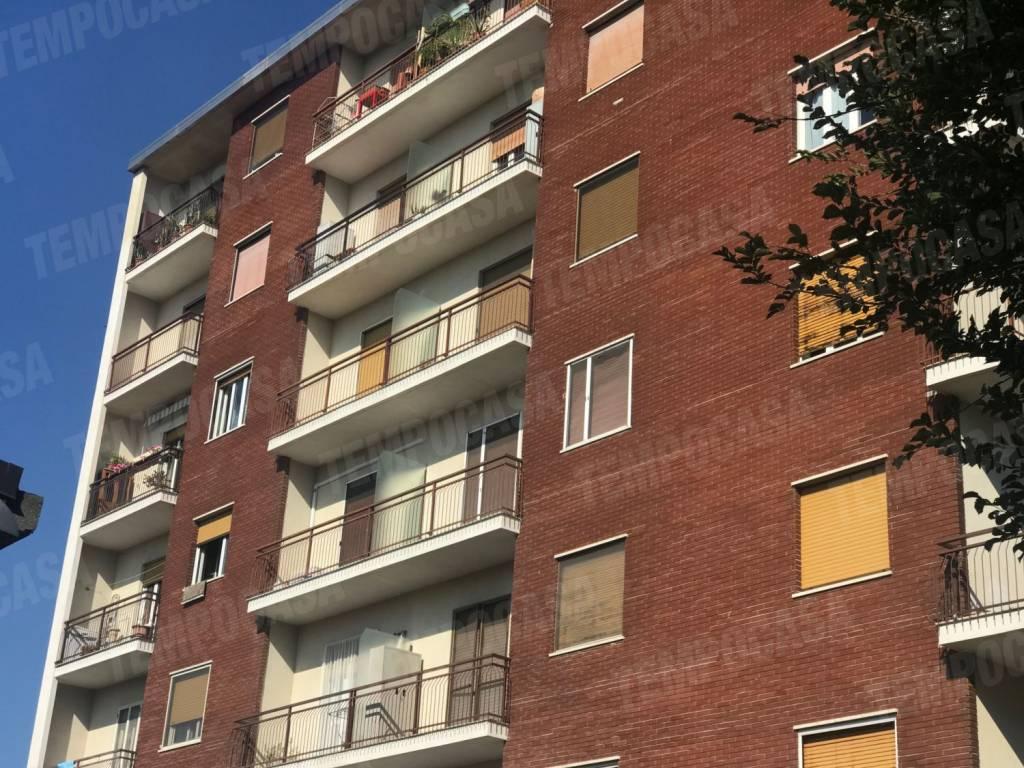 Appartamento in buone condizioni in affitto Rif. 7794389
