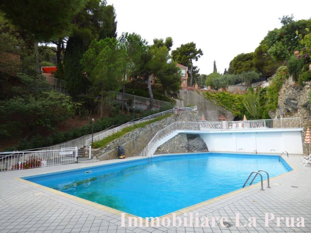 Appartamento in vendita a Cervo, 2 locali, prezzo € 215.000 | CambioCasa.it
