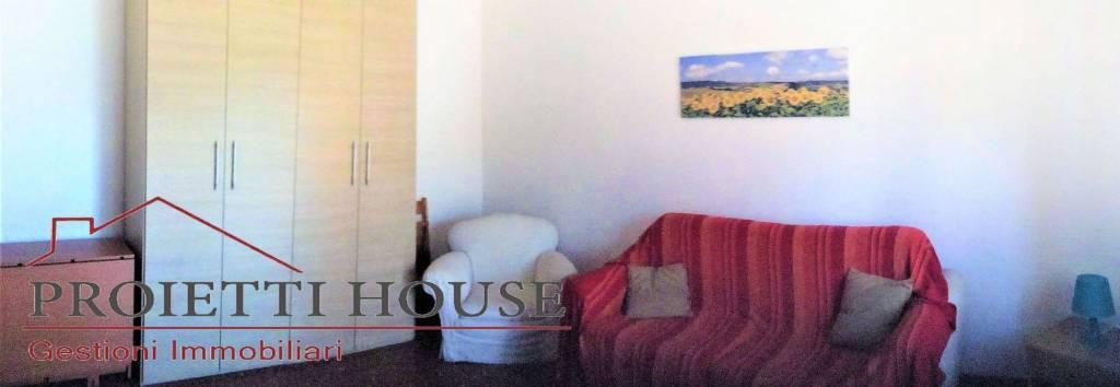 Appartamento in ottime condizioni arredato in affitto Rif. 7785653