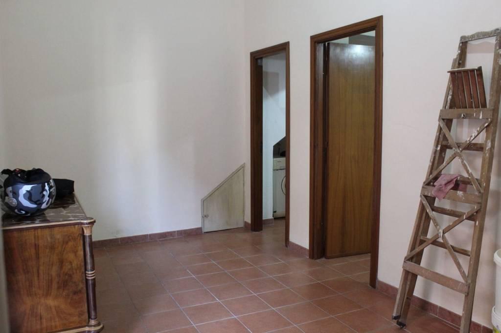 Appartamento in buone condizioni in affitto Rif. 7783914
