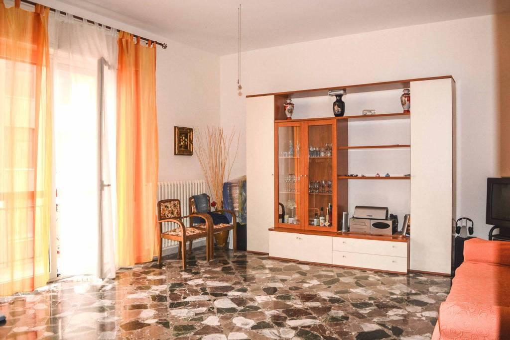 Casa Indipendente in buone condizioni in vendita Rif. 7782232