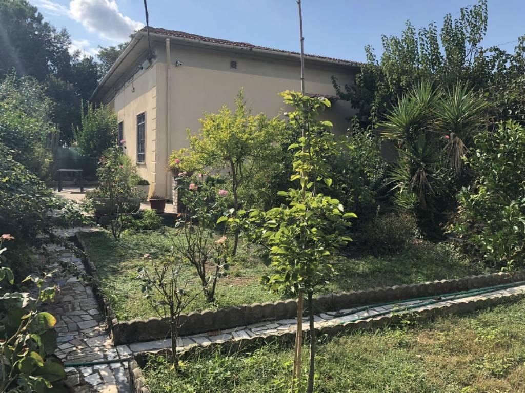 Villa in buone condizioni in vendita Rif. 7780112