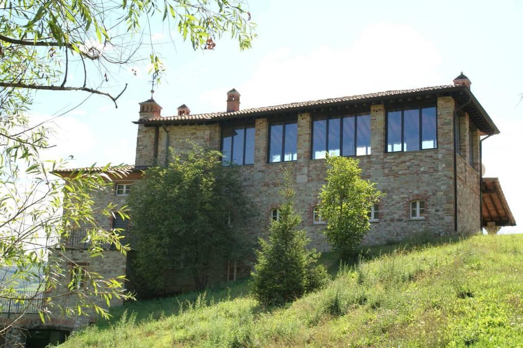 Rustico/Casale in vendita via Tidone Piacenza