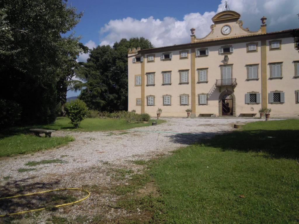 Appartamento in ottime condizioni arredato in affitto Rif. 7783388