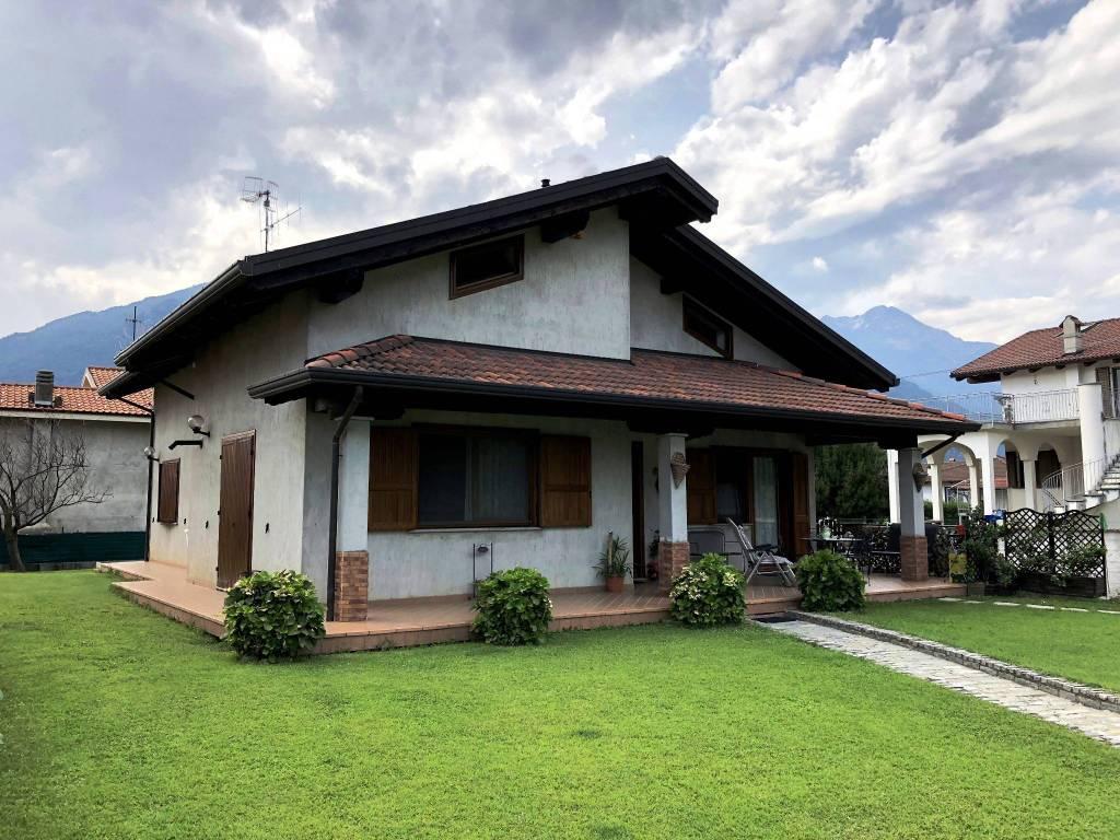 Foto 1 di Villa via Boarie 7, Borgofranco D'ivrea
