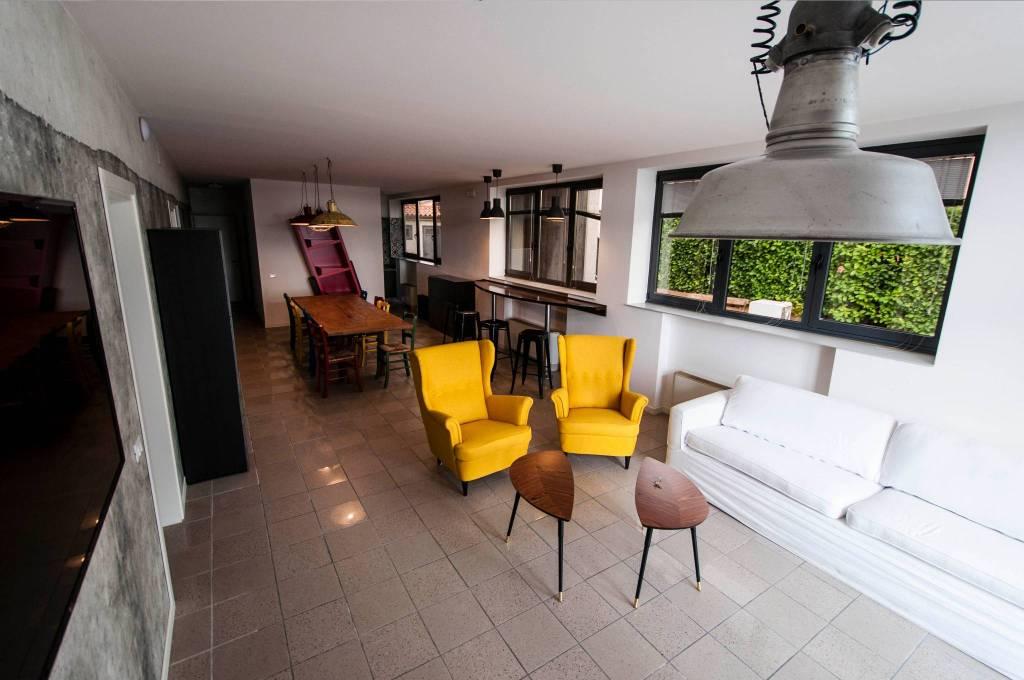 Stanza / posto letto in affitto Rif. 6741418