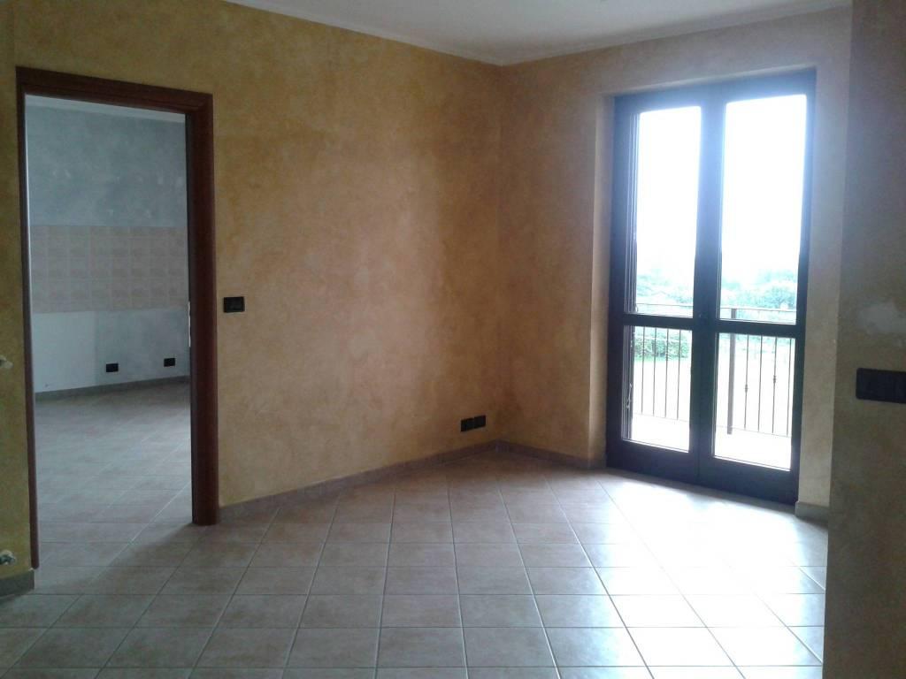 Appartamento in ottime condizioni in affitto Rif. 7785197