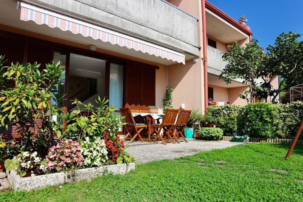 Villa a Schiera in vendita a Tavernerio, 4 locali, prezzo € 285.000 | CambioCasa.it