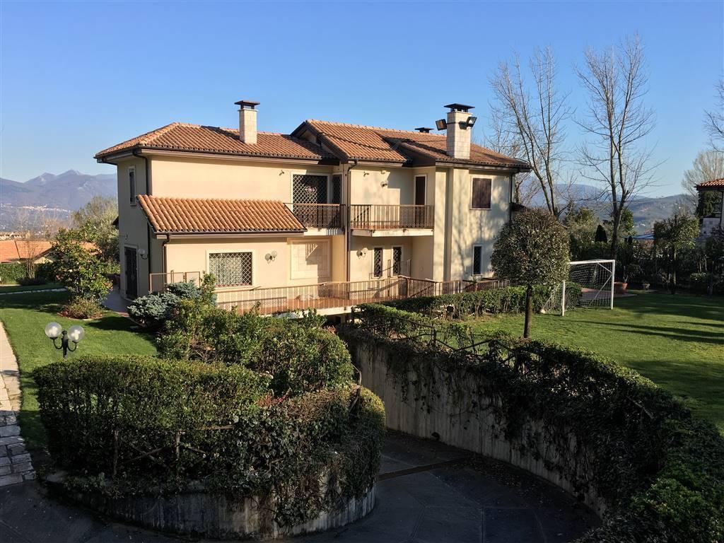 Villa in ottime condizioni in vendita Rif. 7783996