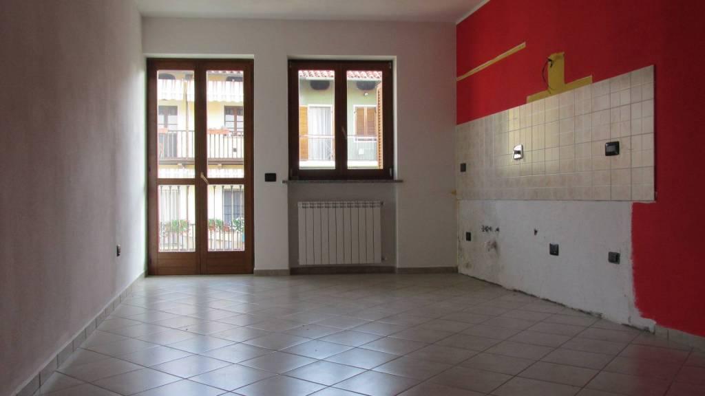 Appartamento in ottime condizioni in affitto Rif. 7783428