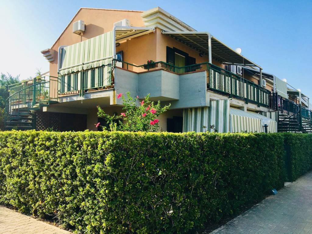 Appartamento in buone condizioni in vendita Rif. 7779740